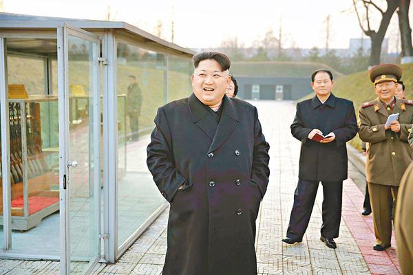 北韓最高領導人金正恩近日視察時表示,該國已開發出氫彈,可以捍衛主權。(網絡圖片)