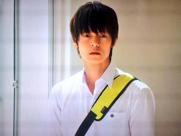 男星窪田正孝眼神頹廢、懶傭,實際上性格開朗而陽光,反差感深得日本女性喜愛!