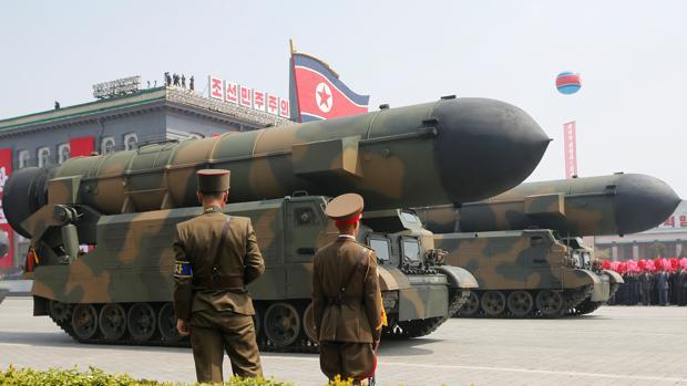 《環球時報》社評指如北韓先射導彈招致美韓報復,中國會保持中立。